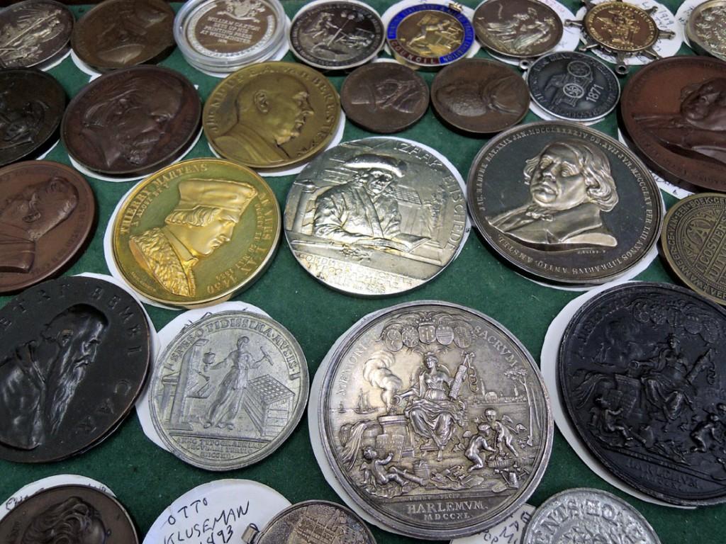 medallions1